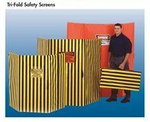 TRI-FOLD SAFETY SCREENS